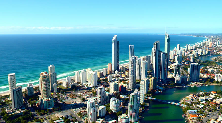 the gold coast The gold coast was a british colony on the gulf of guinea in west africa from 1867 to its independence as the nation of ghana in 1957.